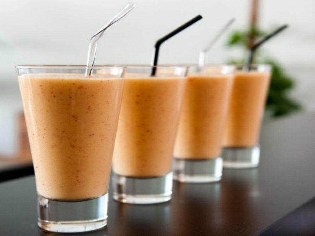 Приготовить протеиновый коктейль в домашних условиях